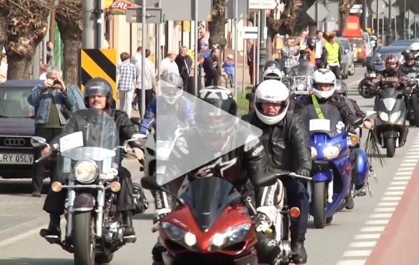 Tak pomóc potrafią jedynie motocykliści