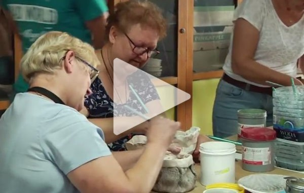 MDK Zaprasza na zajęcia pracowni ceramiczno – wikliniarskiej